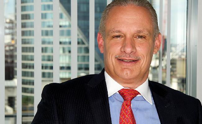 Mike Bellaro, Deutsche Asset Management