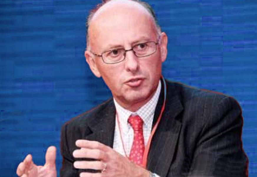 Dean Chisholm, Invesco Asset Management