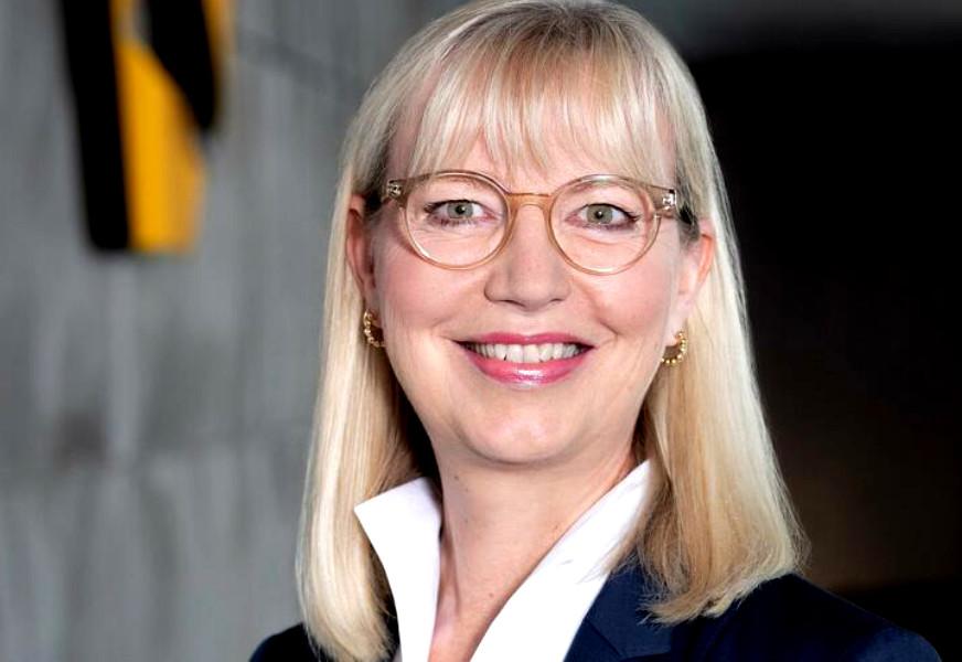 Sabine Schmittroth, Commerzbank.