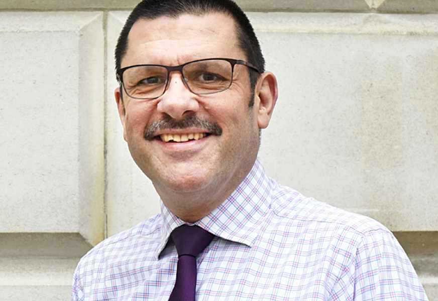 Sir Jonathan Thompson, CEO, FRC.
